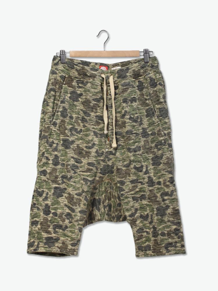印有haso原创迷彩图案花纹的汗衫布短裤