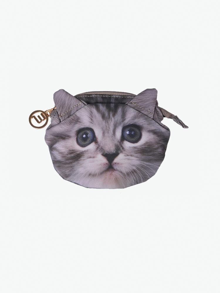 很可爱的动物包包,而且很实用,猫咪头像尽显萌态.