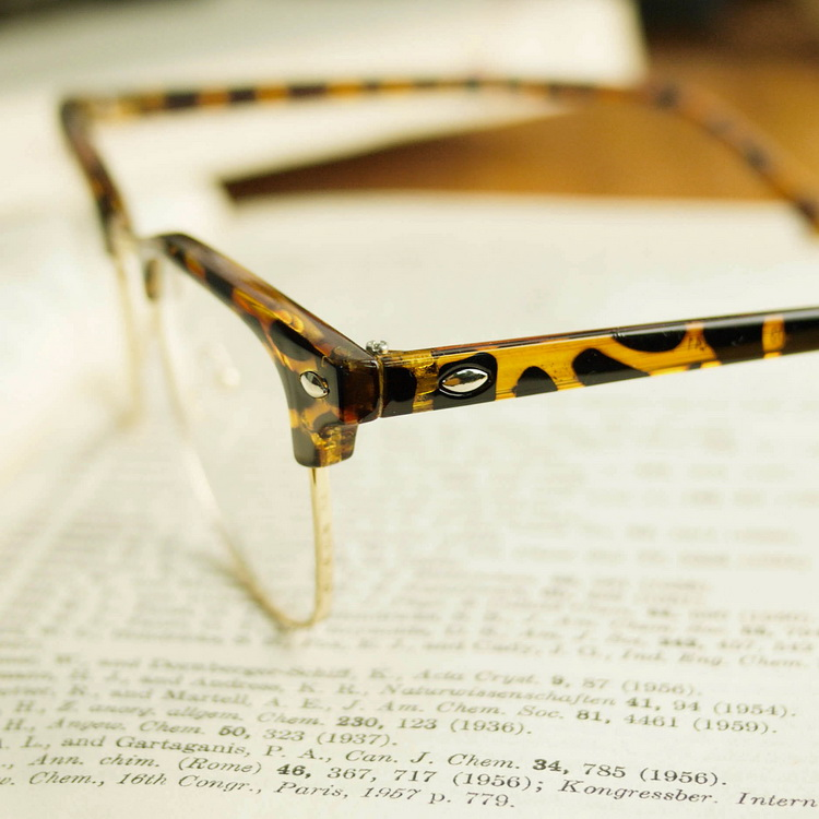 豹纹边框眼镜图片