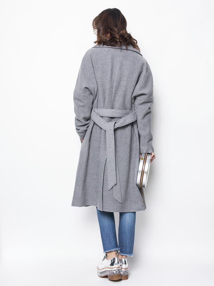 大衣后背系带方法图解